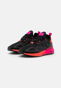 adidas Originals - ZX 2K BOOST UNISEX - Sneakers basse - core black/solar red