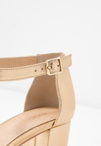 Anna Field - LEATHER HEELED SANDALS - Sandály - gold - 2