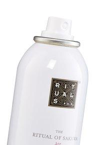 Rituals - THE RITUAL OF SAKURA ANTI-PERSPIRANT SPRAY - Deodorant - - - 2