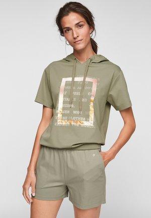 Hoodie - summer khaki placed print