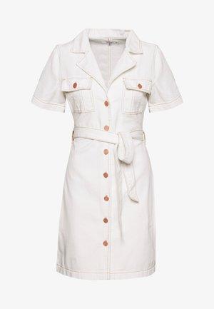 CONTRAST STITCH DRESS - Denim dress - white