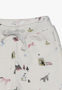 Noppies - PANTS REGULAR COVENDALE BABY - Stoffhose - whisper white melange - 3