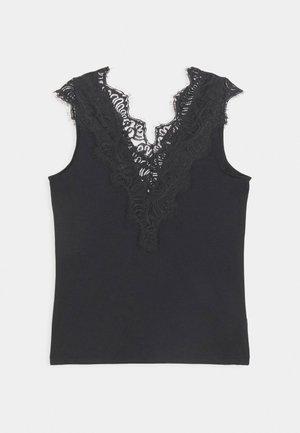 PCILU - T-shirts med print - black