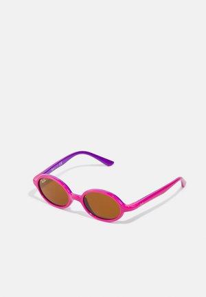 JUNIOR UNISEX - Sunglasses - fucsia on violet