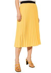comma - Pleated skirt - yellow - 4
