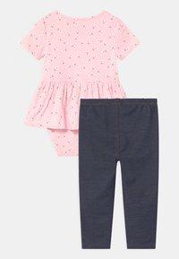 Carter's - PEPLUM SET - Print T-shirt - pink - 1