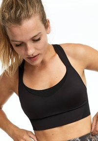 OYSHO - High support sports bra - black - 3