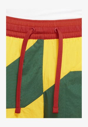 THROWBACK - Short de sport - gorge green/amarillo/chile red/chile red
