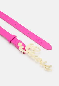 Guess - IVY - Belt - fuchsia - 1