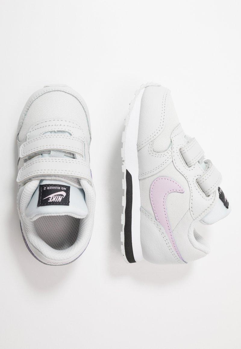 Nike Sportswear - RUNNER 2 - Zapatillas - photon dust/iced lilac/off noir/white