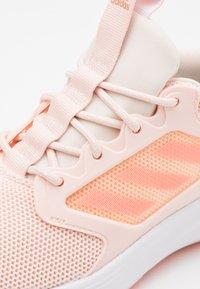 adidas Performance - ENERGYFALCON CLOUDFOAM RUNNING SHOES - Juoksukenkä/neutraalit - pink tint/light flash orange/copper metallic - 5