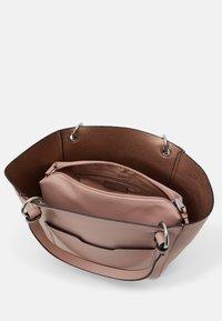 PARFOIS - BAG VIOLET SET - Handbag - pink - 2