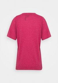adidas Performance - WIN 2.0 TEE - T-shirt imprimé - berry - 1