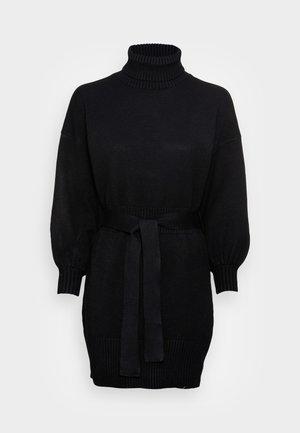LEOTI BELTED MOCK NECK DRESS - Stickad klänning - black