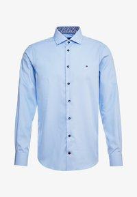 Tommy Hilfiger Tailored - POPLIN CLASSIC SLIM SHIRT - Formální košile - blue - 5