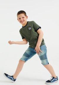 WE Fashion - T-shirt print - army green - 0