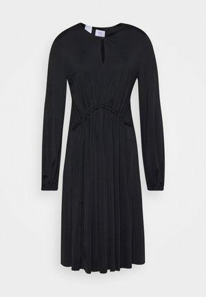 DRESS DRAPY DRAW FRONT DETAIL FEMININ SLEEVES - Jerseykjole - pure black