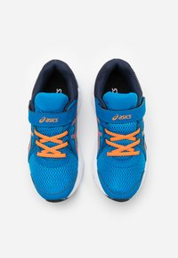 ASICS - JOLT 2 - Zapatillas de running neutras - directoire blue/orange cone - 3