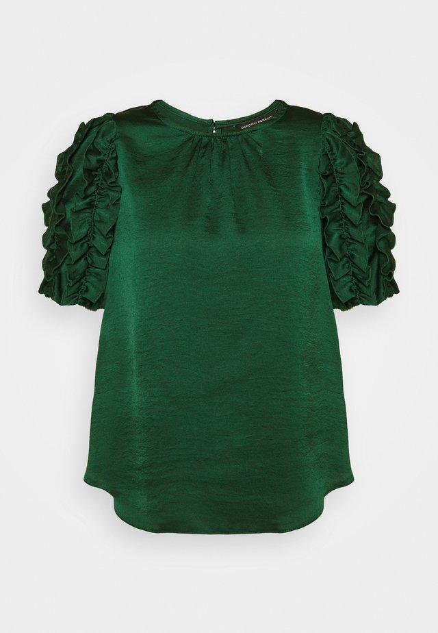 3D SLEEVE TEE - Bluse - green