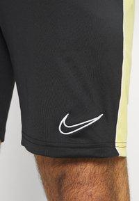 Nike Performance - DRY SHORT - Urheilushortsit - black/saturn gold/white - 3