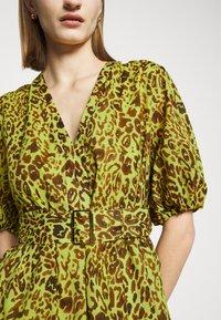 Pinko - NUVOLOSO ABITO MUSSOLA ST.MACULA - Day dress - neon green - 5