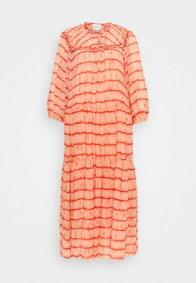SANTIAGO DRESS - Maxi-jurk - dusty coral