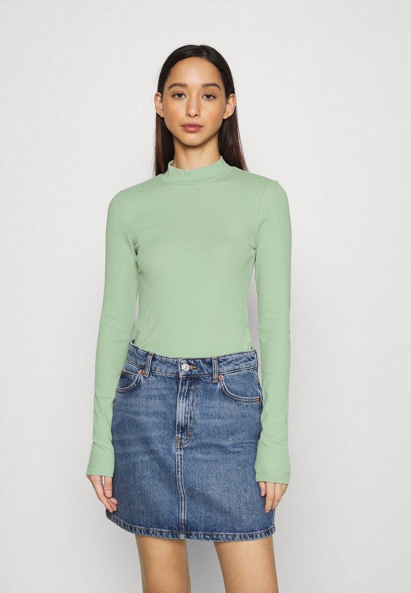 Weekday - VERA MOCKNECK - Long sleeved top - green