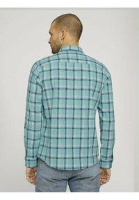 TOM TAILOR - Shirt - green space yarn check - 2