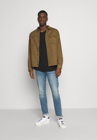 Jack & Jones - JCOBEN WORKER - Shirt - kangaroo - 1