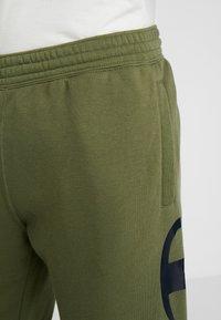 Champion - CUFF PANTS - Træningsbukser - olive - 5