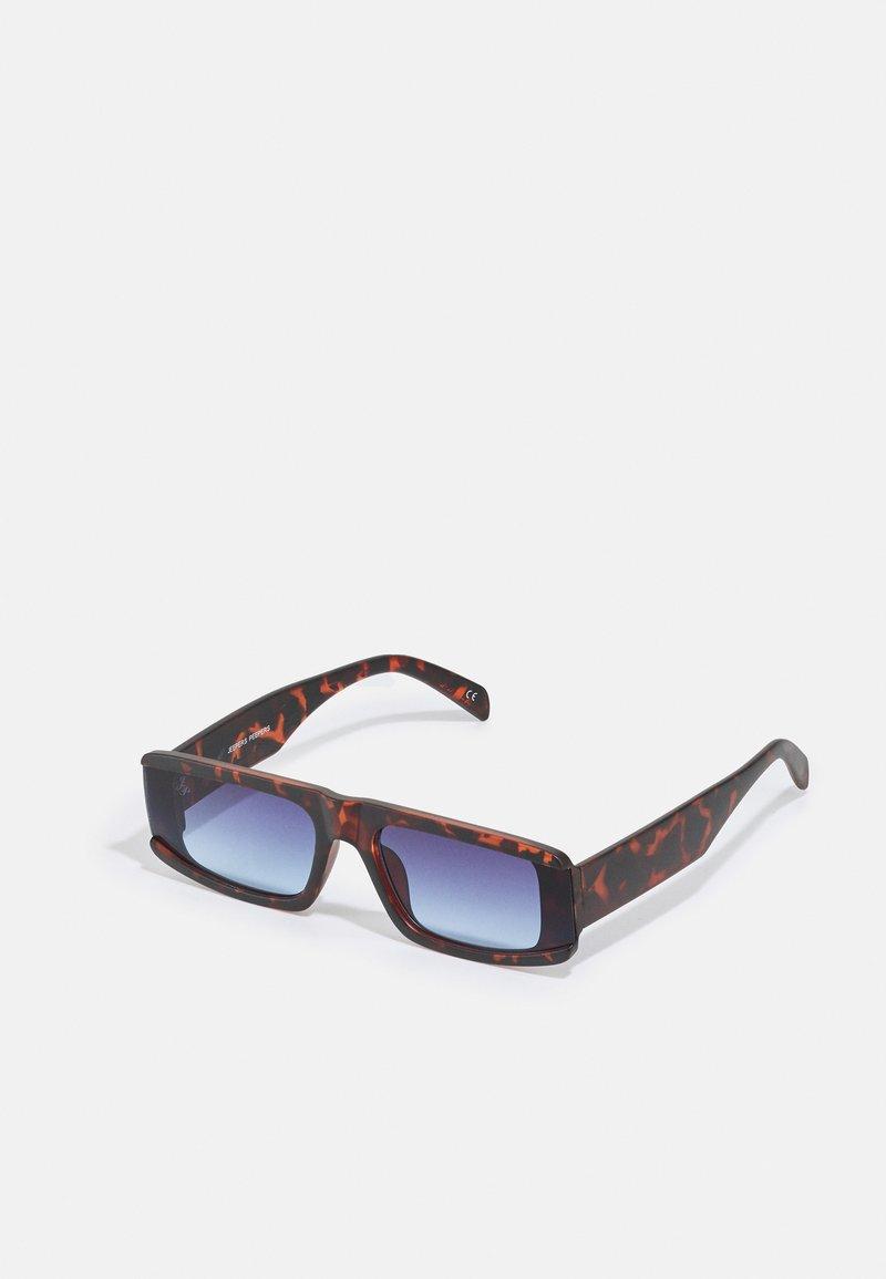 Jeepers Peepers - UNISEX - Sluneční brýle - brown