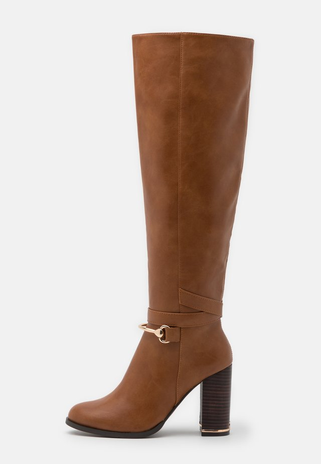 Stivali alti - brown