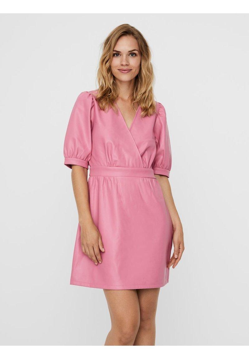 Vero Moda - Day dress - chateau rose