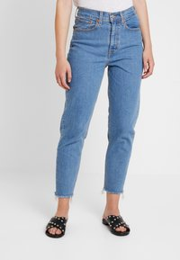 Levi's® - MOM JEAN - Jeans Tapered Fit - pacific sky - 0