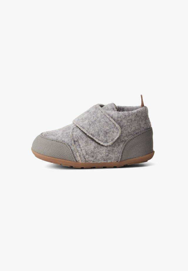 BUP - Lær-at-gå-sko - calm grey