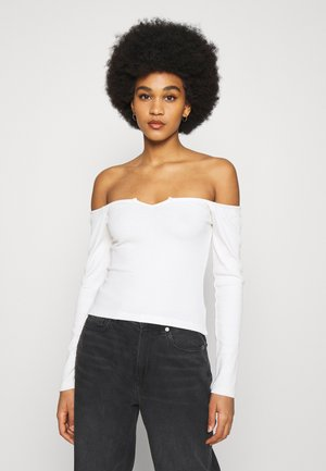 OFF SHOULDER - Long sleeved top - white