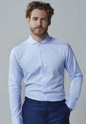 ARE - Zakelijk overhemd - light blue