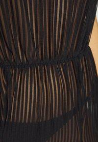 Missguided - COVER UP EXTREME SPLIT - Accessoire de plage - black - 5