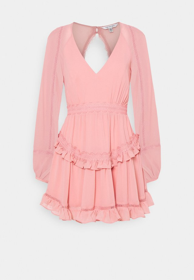 JANE SPLICE MINI DRESS - Korte jurk - dusty blush