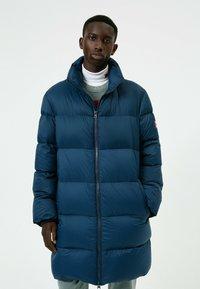 HUGO - Winter coat - dark blue - 4