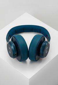 Fresh 'n Rebel - CLAM ANC WIRELESS OVER EAR HEADPHONES - Koptelefoon - petrol blue - 2