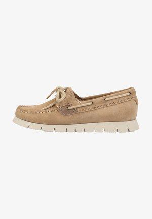 Boat shoes - natural c