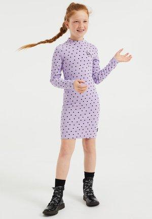 MET STIPPENDESSIN - Pouzdrové šaty - lilac