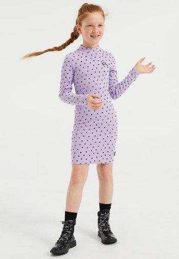 MET STIPPENDESSIN - Fodralklänning - lilac