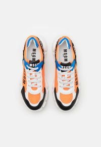 MSGM - UNISEX - Sneakers laag - white/black/orange - 3
