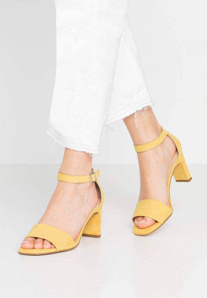 Anna Field - Sandaalit nilkkaremmillä - yellow