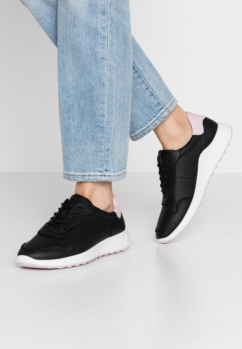 ECCO - ECCO FLEXURE RUNNER II - Sneaker low - black/blossom rose