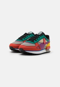 Puma - FUTURE RIDER THE HUNDREDS UNISEX - Matalavartiset tennarit - molten lava/amethyst/white
