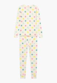GAP - GIRL STAR SET  - Pijama - snowflake milk - 1