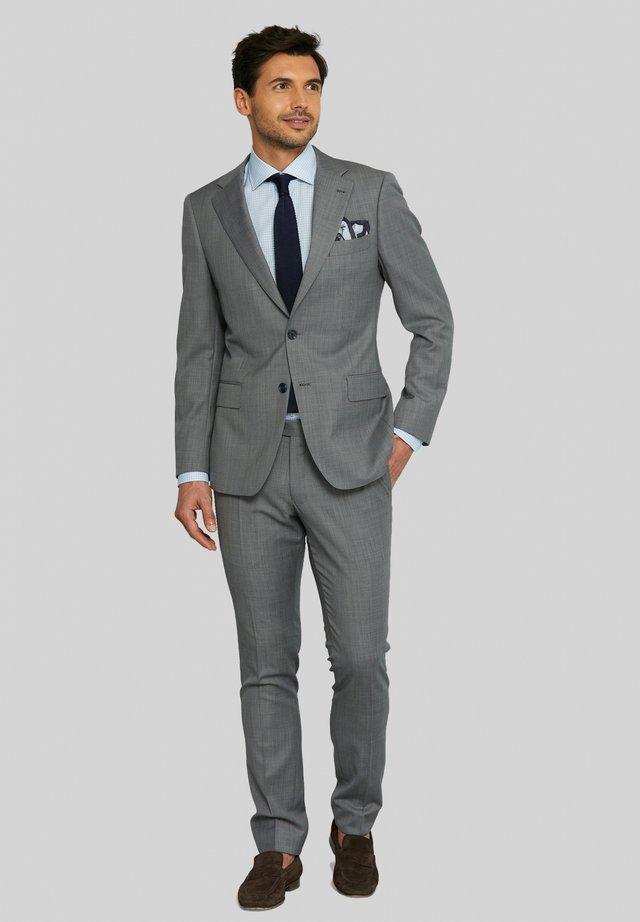 ELLIS - Costume - grey